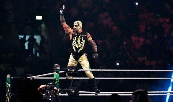 Rey mysterio de regreso a la WWE