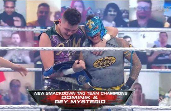 rey-y-dominik-mysterio-campeones
